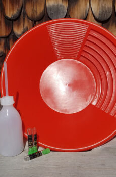 Goldwaschpfanne Rot aurira GmbH