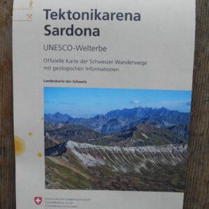 Wanderkarte Tektonikarena Sardona